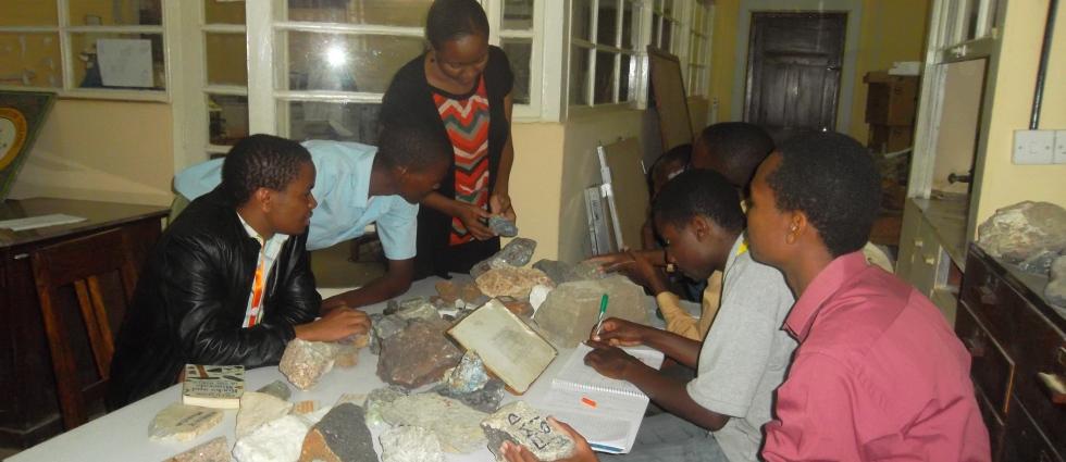 Basic Minerals Identification Facilitation